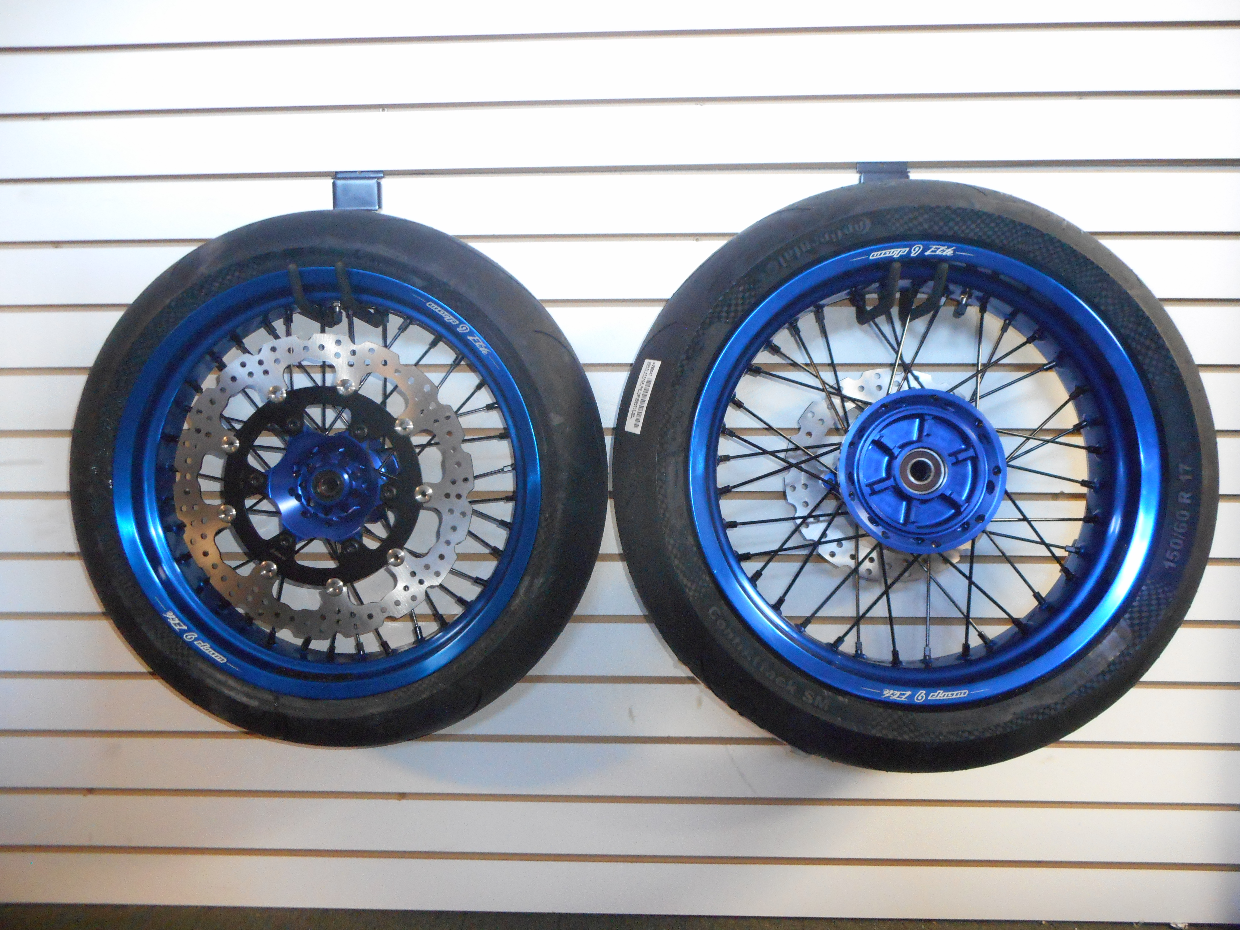 how to build motard wheel